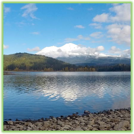 Mount Shasta from Lake Siskiyou - California - Epic Trip Adventures